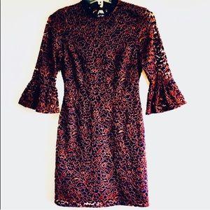 TOPSHOP LACE DRESS.  SIZE 4.